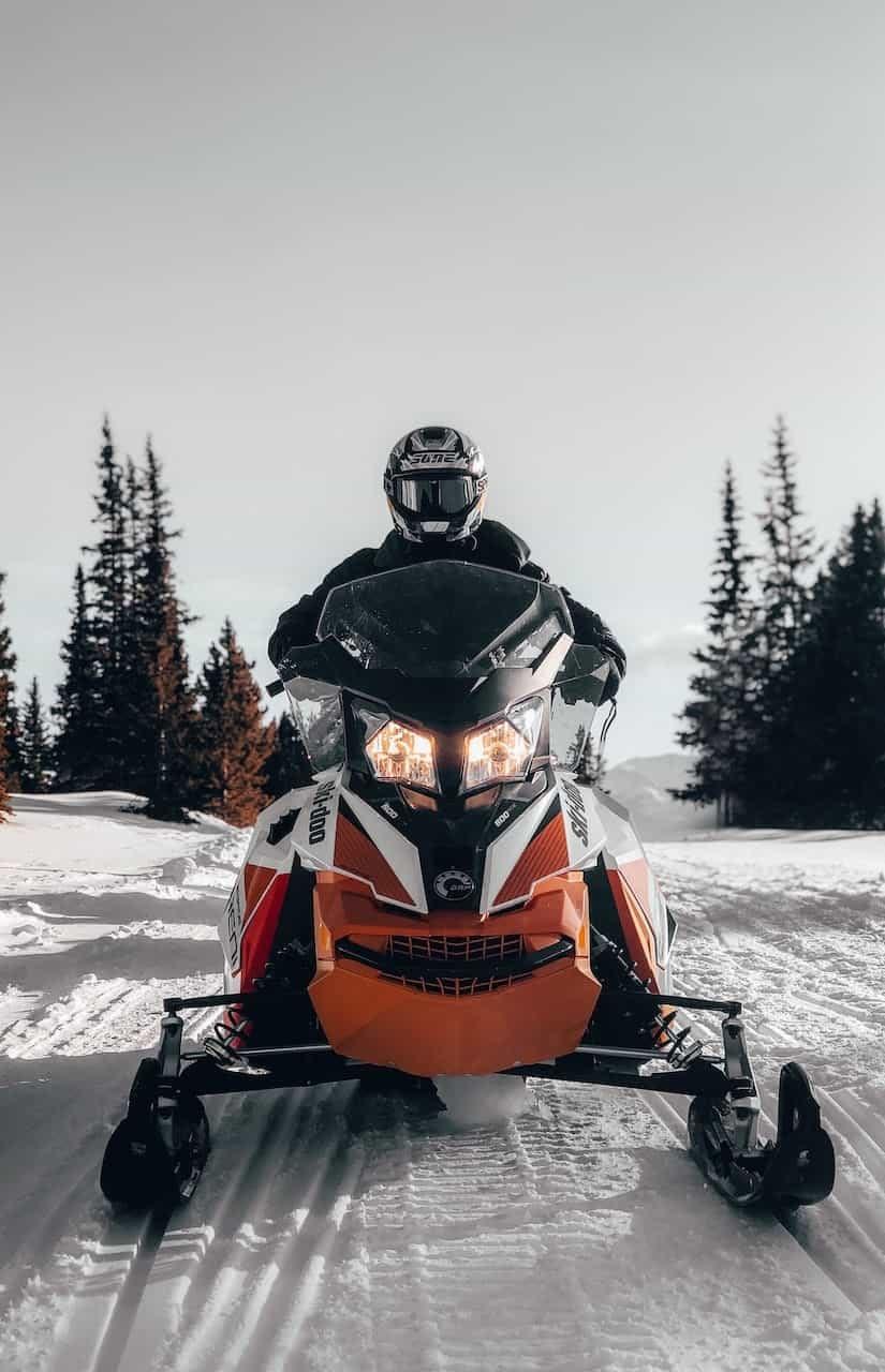 Maine SNOWMOBILING